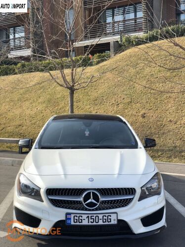 MERCEDES-BENZ CLA 250 2015